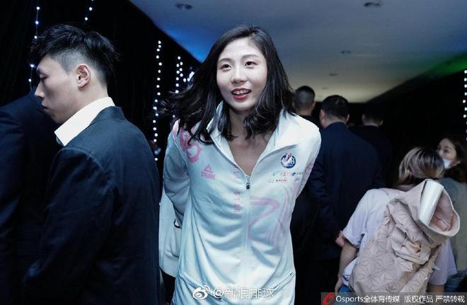排超全明星:李盈瑩和杜清清姐妹情深,丁霞和袁心玥顏值爆表