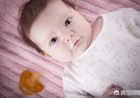 寶寶一歲一個月晚上睡覺兩三個小時醒一次怎麼辦(白天精神很好)?而且吃得多拉得多?