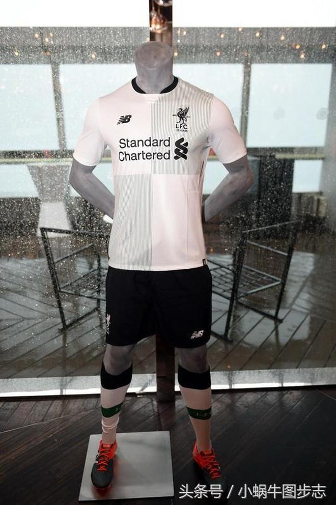 英超利物浦足球俱樂部在香港發佈2017\/18賽季第二客場球衣