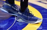 今日上腳球鞋鑑賞:庫裡兄弟上腳UA Curry 6