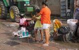 天津農村集市上的微信賣家,微商真的不行了麼?