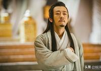 《倚天屠龍記》張無忌刀劈龍椅,為什麼不自己做皇帝?教規有遠見