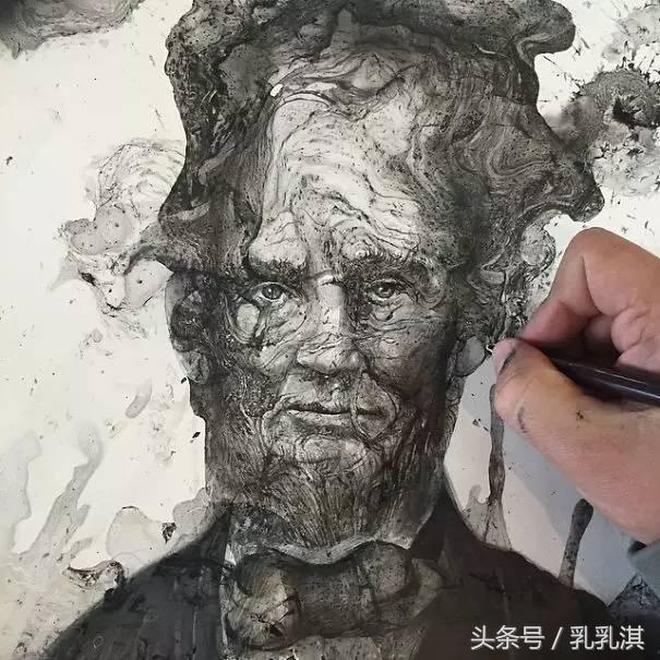 加拿大畫家把墨水倒在紙上迅速創作出精美作品,走紅網絡,吸粉無數