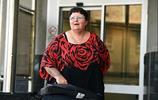 失業母親意外獲得別人轉錯賬的60萬,瘋狂旅遊後被抓