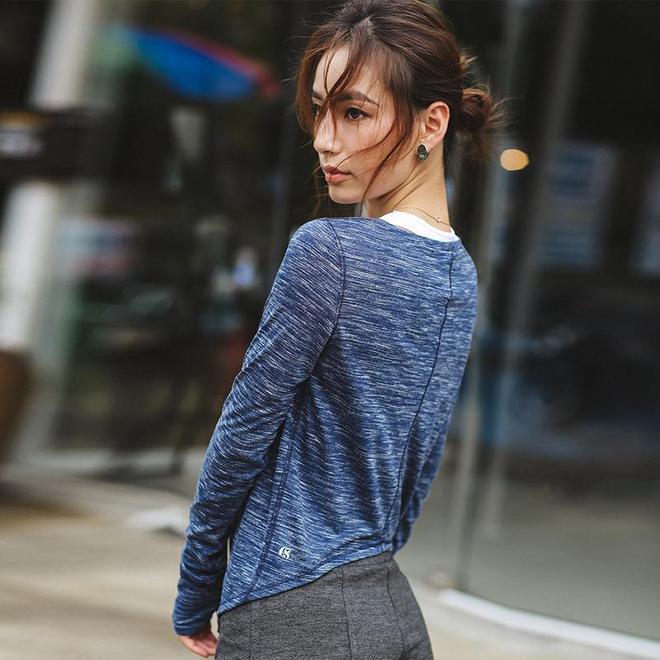 健身房女人真敢穿,穿這樣的緊身瑜伽服,綻放迷人魅力