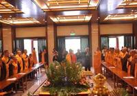 慶釋迦牟尼佛聖誕日 寒山寺舉行浴佛託缽祈福法會