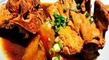 倆人吃東北大脊骨:配一湯六菜,大盆面,連吃帶打包花了160元