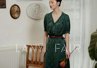 墨綠色復古韻味連衣裙,優雅又迷人
