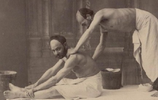 老照片 SPA在19世紀末就開始流行了,那時候男人做SPA都是這樣的