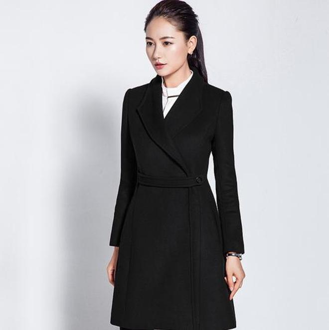 千元大衣和百元大衣穿出來的品質就是不一樣,你一看就知道
