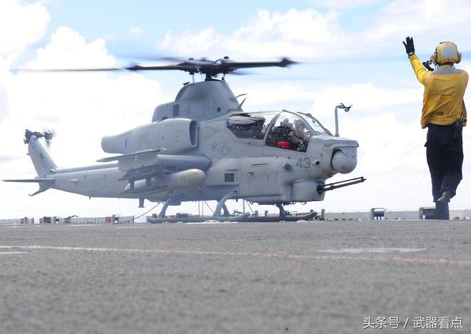 AH-1(超級)眼鏡蛇(蝰蛇)武裝直升機——高清相片