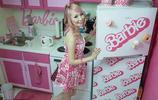 芭比娃娃的瘋狂粉絲花百萬收藏芭比娃娃,是真愛