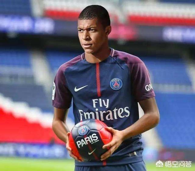 大巴黎提前獲得本賽季法甲冠軍,姆巴佩進球數達30粒,大家如何評價?