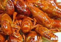 這地方小龍蝦好吃瘋了,遊客排隊一小時也要吃