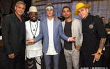 9月12日賈斯汀比伯加州好萊塢環球影城出席哈維颶風賑災慈善晚會