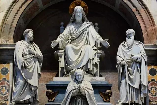 """梵蒂岡大教堂的兩個""""世界之最"""""""