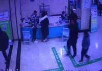 中國新聞網:姑娘看感冒直接被推進搶救室 醫生救到一半心跳停了