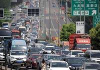 清明節高速路免費通行,但這兩種車沒法享受!車主:不想回家了