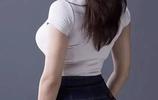 """微胖的小美女,都在穿這幾款""""提臀""""褲!輕鬆秀出筷子腿,不羨慕"""