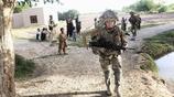 萬綠叢中一點紅,揭祕阿富汗男兵營中的女性私生活