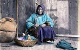 奧地利攝影師萊蒙德拍攝同治末年的人物肖像,有窮人還有富家女子