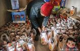 山東農村7旬老人做稀罕物50多年,一冬做200個,家裡老物件多