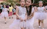 越南女老師因顏值高廣受歡迎,被家長偷拍爆紅後依舊認真教書