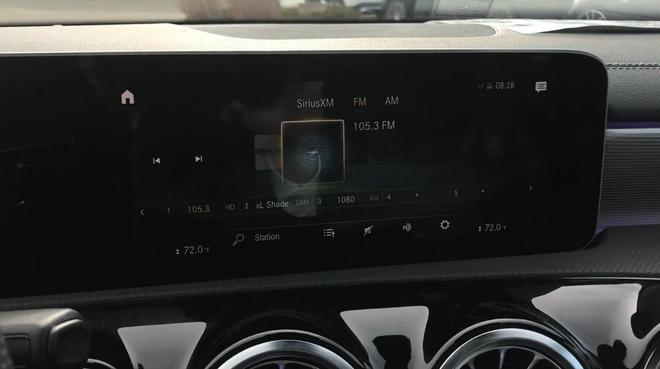2019款奔馳A220到店實拍,三廂版顏值確實高!