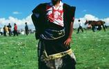 走進藏族—神祕的藏族人 古老的藏文化 特殊的飲食 莊重的禮儀