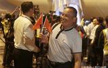 國慶當天,381名多米尼克颶風受困同胞抵達上海