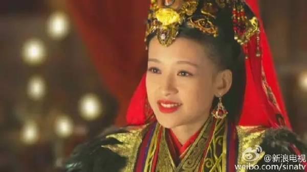 《羋月傳》中,羋月侄女羋瑤的扮演者孫怡戲外也是孫儷侄女嗎?