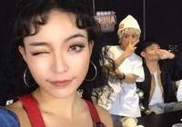 學《中國有嘻哈》VAVA扮酷,夏末秋初來一次街頭嘻哈風