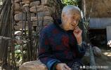 7歲當童養媳、18歲支援新疆3年,67年沒回老家,她的經歷讓人淚目