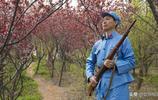 """83歲老人出演微電影《十送紅軍》,""""軍民""""情深催人淚下"""