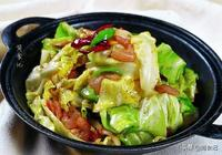 做手撕包菜時,不要直接炒!多加這1步,包菜更翠綠 更入味