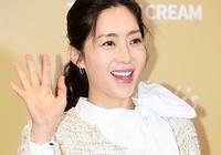 韓國三女神:宋慧喬新劇熱播金喜善凍齡,她卻面臨顏值崩塌險境!