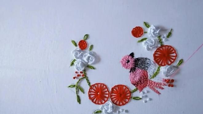 輕輕鬆鬆學刺繡,教你如何刺繡出鳥語花香圖(圖解)