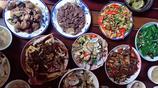 中秋節上午在孃家吃下午趕回婆家吃,何止胖十斤