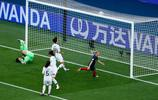 足球——揭幕戰:法國對陣韓國