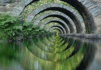走不盡的路,過不完的橋,像仙境一樣!彷彿就在天邊……