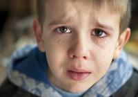 心理學家表明,當你的孩子出現這些跡象的時候,大多是太過自卑