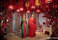 馮紹峰趙麗穎因新劇再次入駐蠟像館,這次和上次究竟有和不同?
