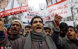 印控克什米爾民眾舉行示威遊行 抗議宗教團體禁令呼籲和平