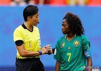 贏了也不爽?英媒怒批中國女裁判:對比賽完全失控!表現太糟糕