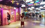 鄭州二七廣場新商圈,現在成為了年輕人打卡遊玩拍照嚮往的好去處