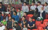 卡納瓦羅、張琳芃、李明與王永珀現場觀看國足與伊朗的亞洲盃比賽