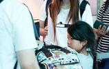 Hebe田馥甄現機場,全程黑臉表情高冷,網友吐槽:笑一個好像要了她的命