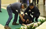 捧紅蔡明、周迅,90歲去世,葬禮現場蔡明長跪不起