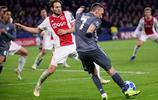 歐冠:阿賈克斯3-3拜仁慕尼黑;雙方能進球敢丟球現場眼花繚亂