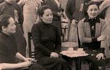 獨一無二的歷史合照:圖4英國女王和夢露,最後圖國母和魯迅合照